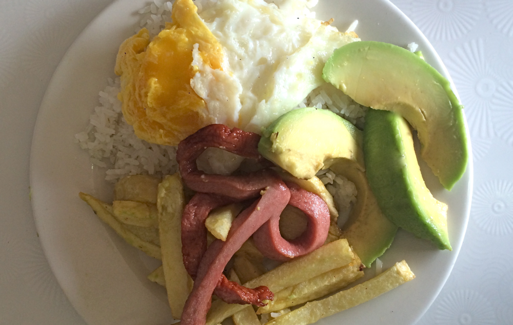 #foodisourfriend travel - Cuzco Arroz a La Cubana con Palta