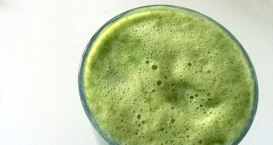#foodisourfriend healthy shamrock smoothie and smoothies that don't suck