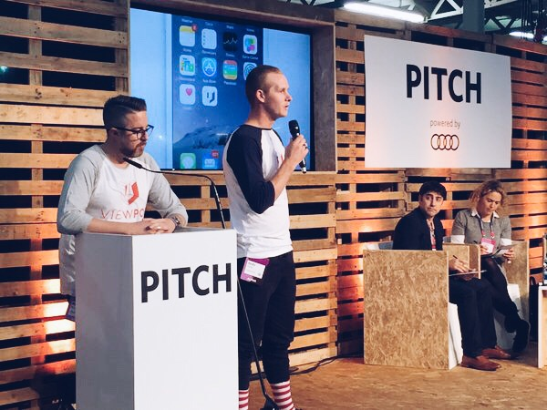 VIEWPOP CEO Peter Brennan, and Director of Content, Andy Carrie, present on stage at the Pitch Competition semi-finals at 2015 Web Summit.