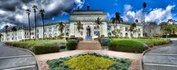 Ventura CA City Hall , Location for  Meet Me at the Ventura Rivera