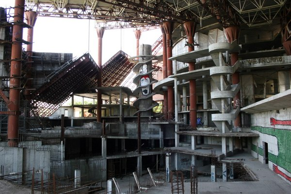 abandoned-russian-waterpark.jpg