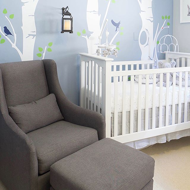 From render to reality — a 3D render takes life! Swipe to see the 3D render and finished space. 🙌 . . . #3Drender #3Dvisualization  #beforeafter #interiordesign #nursery #interiorinspo #tetrachromedesign