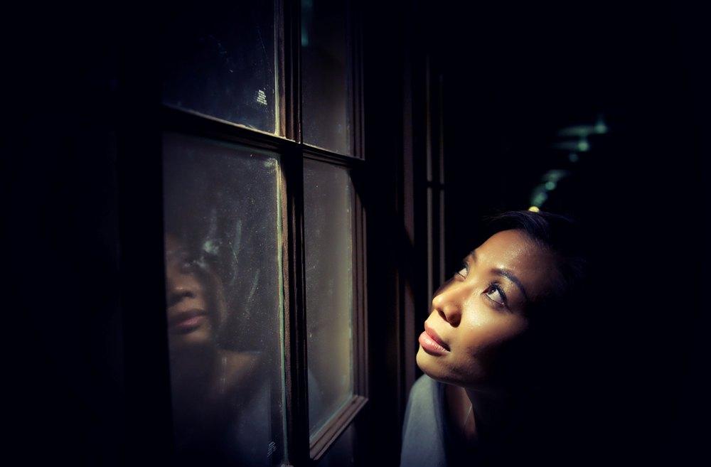 WomanThroughtheLookingGlass.jpg