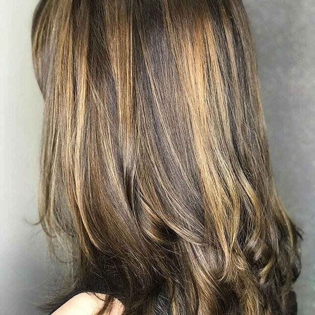 We can't get enough of highlights and shine! ▫️Hair by Haley▫️ . . #hairsalon #hairbyhaley #highlights #brunette #greathairday #longhairstyles #salonphd #salonservices #bereaoh