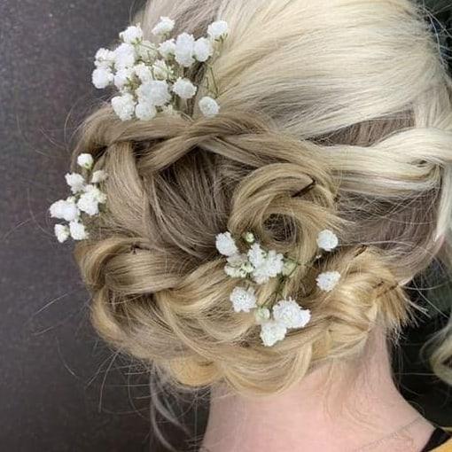 Stunning Up-do. ✨💖 ▫️ Hair by Haley ▫️ . . #updo #hairstyle #promhair #weddinghair #bridehair #bridesmaids #bride #bridalhair #specialoccasionhair #hairsalon #salonphd #bereaoh #eleganthairstyle #blonde