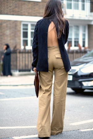 Street-Style-Open-Back-Sweater-Split-Back-Style-High-Waisted-Khaki-Pants-Fall-Outfit-Idea-Inspiration-Le-Fashion-Blog.jpg