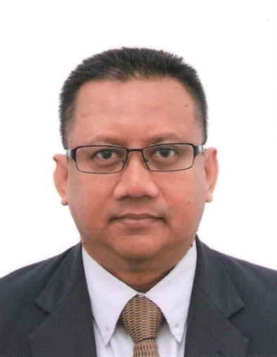 Professor Dr Khairul Anuar Kassim   Dr Khairul Anuar Kassim is a Professor at the Faculty of Civil Engineering, Universiti Teknologi Malaysia. He is currently the Dean for the Faculty of Civil Engineering UTM. He obtained his B.Sc in Civil Engineering from Middlesex Polytechnic, London (1986) and M.Sc in Geotechnical Engineering from University of Newcastle upon Tyne, United Kingdom (1991). He completed his Phd at the University of Newcastle upon Tyne, United Kingdom in 1998. Prof. Khairul Anuar is an active person in research where he managed to secure various research grants amounting to more than RM 1 Mil.He has produced more than 200 papers in index and non-index journals including conference papers. Being a research oriented person, he has received several awards from national and international bodies. He is also a member of several national and international organizations and professional bodies.