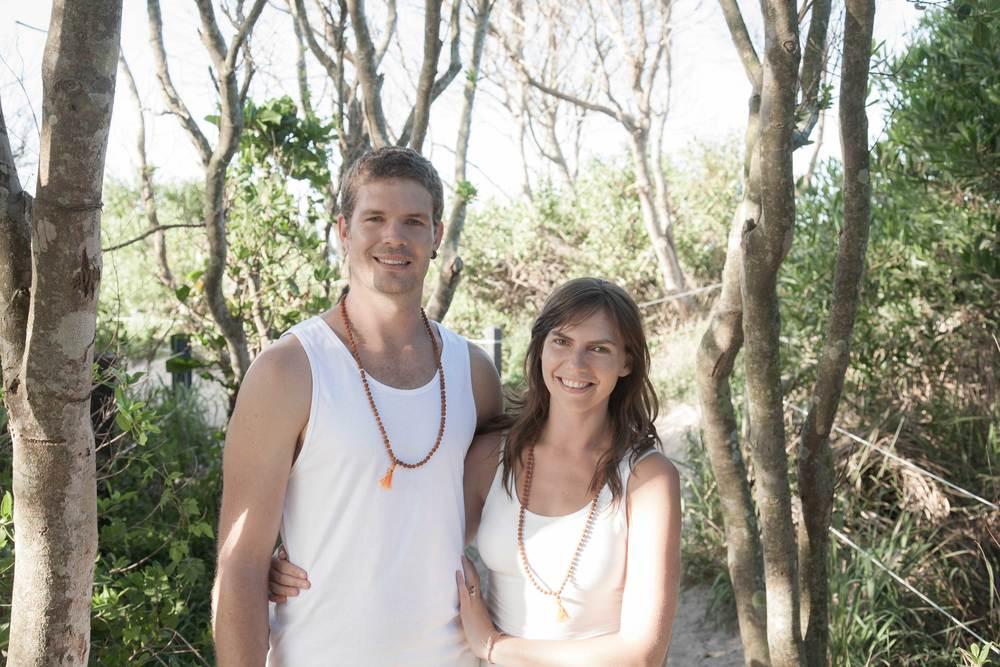 Nick_Radha_Bradley_akhanda_yoga_australia_Yoga-teacher_training_1_banner.jpg