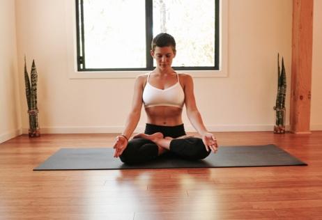 Padmasana_gold_coast_akhanda_yoga_teacher_michelle_macnamara.jpg