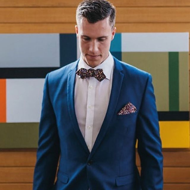 Follow @thedresscollective style inspiration of the day! #shoestagram #tailor #style #styleblogger #suit #bowties #mens #mensfashion #navysuits