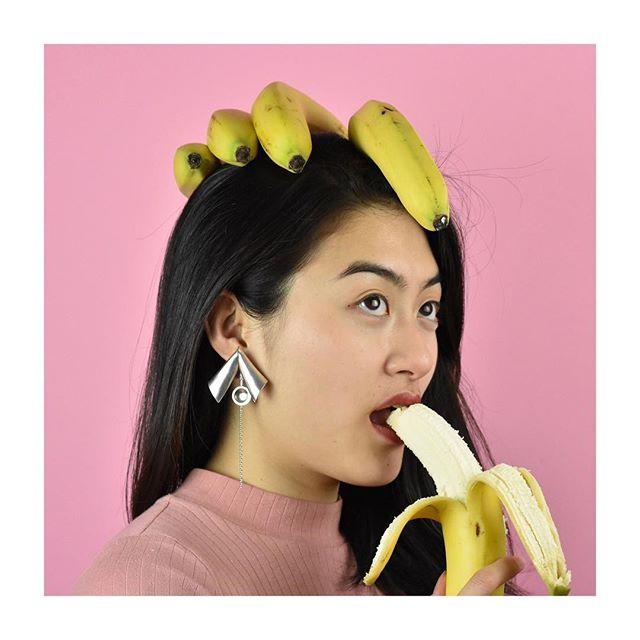 Going bananas 🍌 🍌🍌 ᴘᴀʀᴀᴄʜᴜᴛᴇ earrings #babesofaeadorn