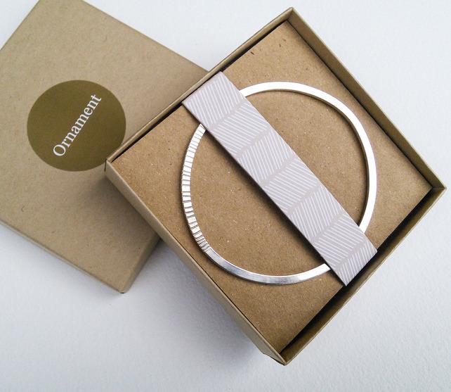 oval patterned bangle.jpeg
