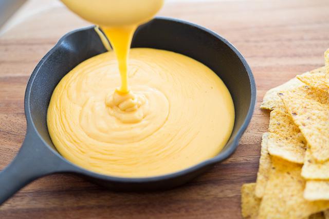 Premium-Cheese-Sauc-e.jpg