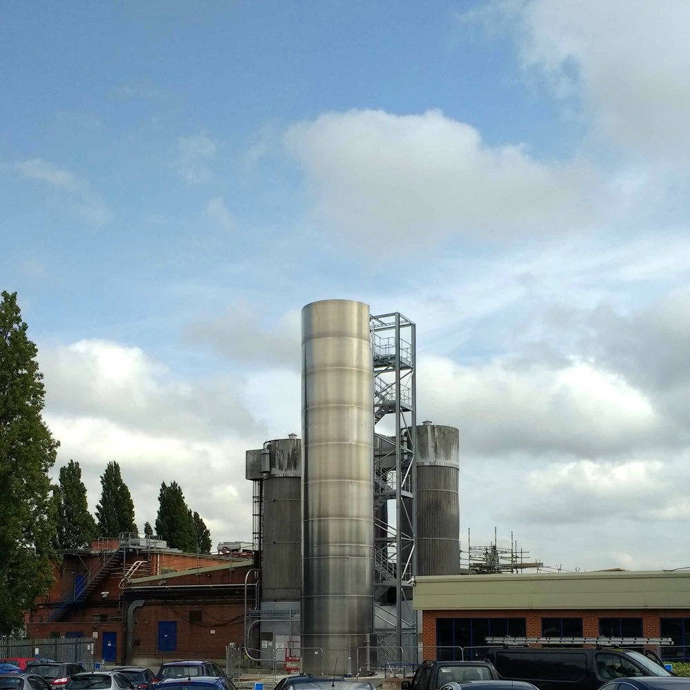 The new silo designed and installed by OAL at the bakery