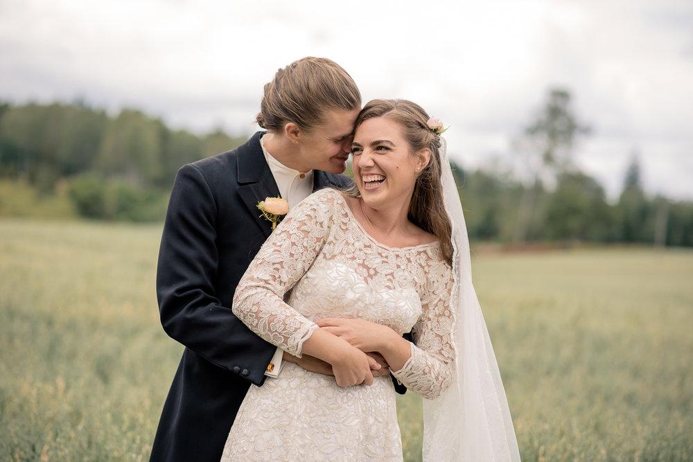 Bohemiskt lantligt bröllop i gammal byskola-24.jpg