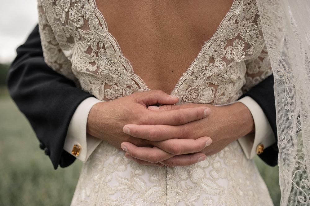 Bohemiskt lantligt bröllop i gammal byskola-26.jpg