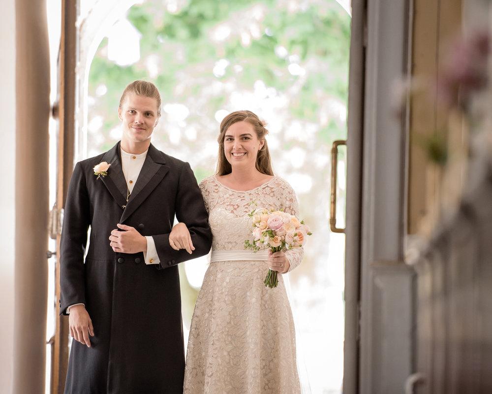 Bohemiskt lantligt bröllop i gammal byskola-41.jpg