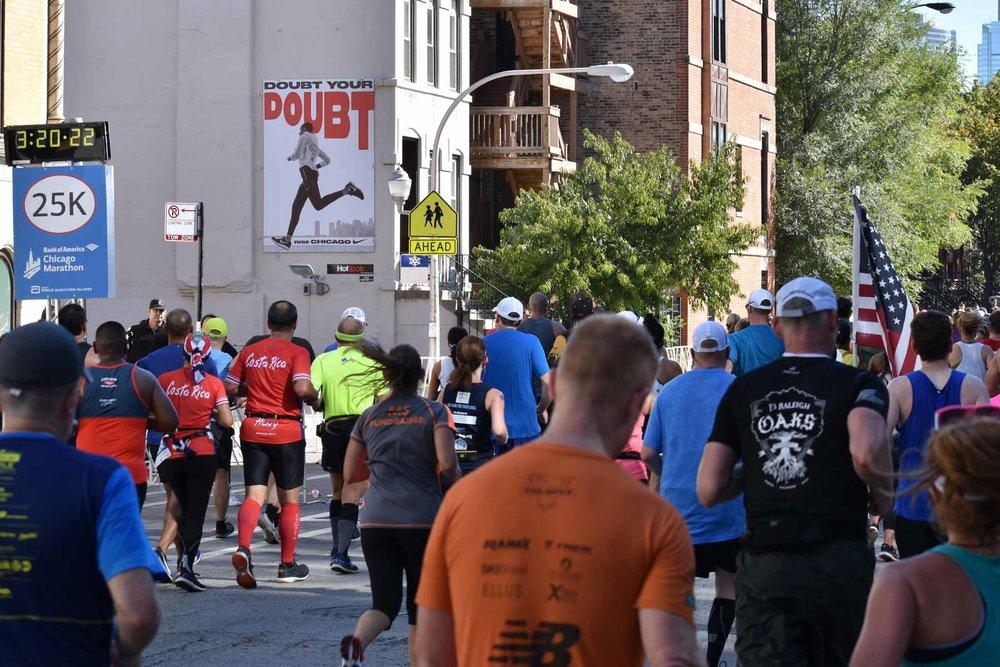 C-1610 Nike Chicago Marathon (4).jpg