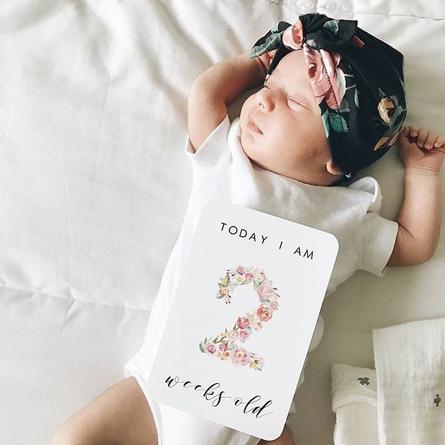 It the hard knock life for this little one. . #2weeksold #kcfb #yourdoulaskc . 📸: @mariadanielledoka via @blossomandpear