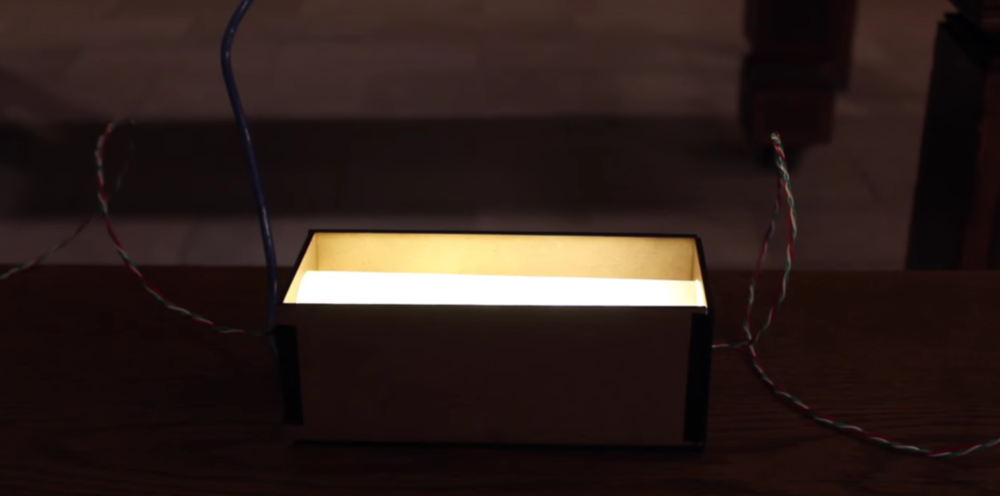 Koubai: A conversation aware lamp