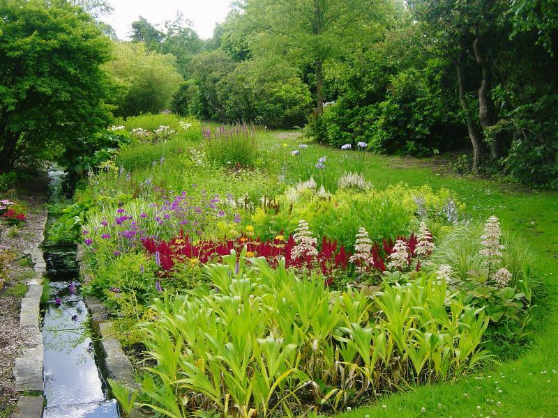 From http://www.ngs.org.uk/gardens/find-a-garden/garden.aspx?id=5580