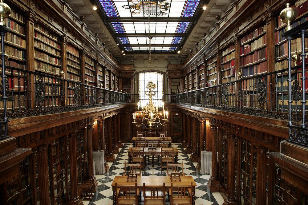 Biblioteca-de-Menéndez-Pelayo.jpg