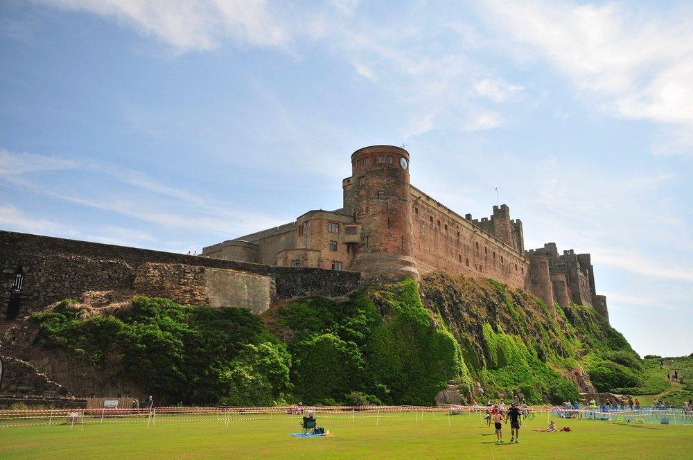 bamburgh-castle--pixabay-452571_1920.jpg