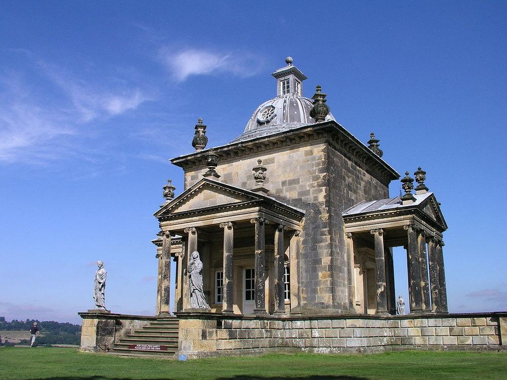 castle-howard-Temple-of-Four-Winds--wikipedia-1200px.jpg