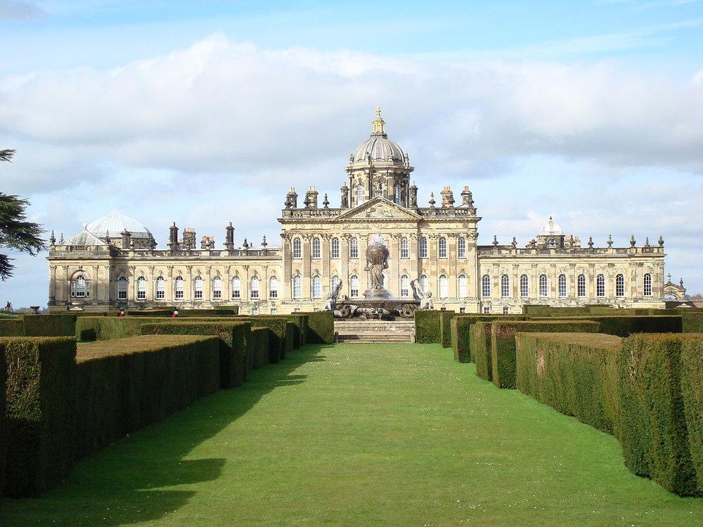 castle-howard-rear-facade--wikipedia-1200px.jpg