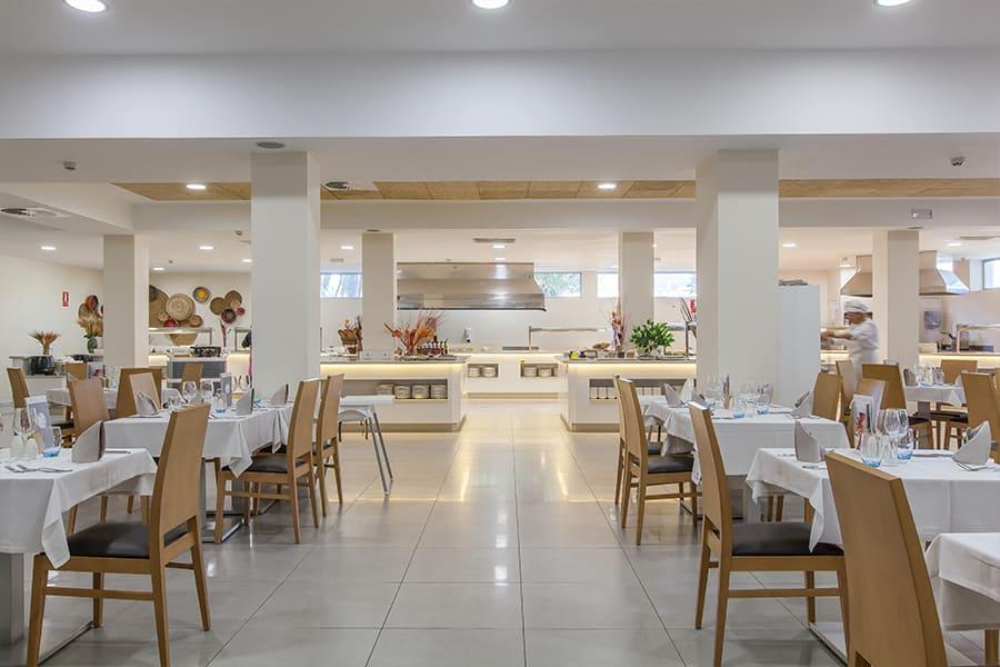 cabot-hotels-pollensa-main-restaurant.jpg