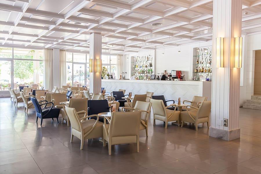 cabot-hotels-pollensa-lobby-bar.jpg