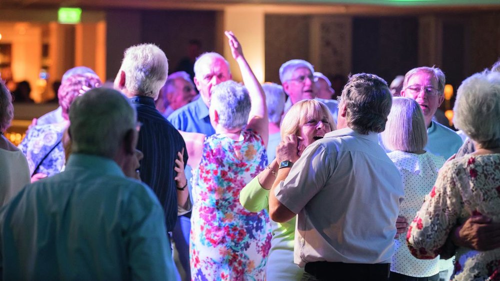 couples-dancing-on-First-Night-Fizz-at-Nidd-Hall.jpg