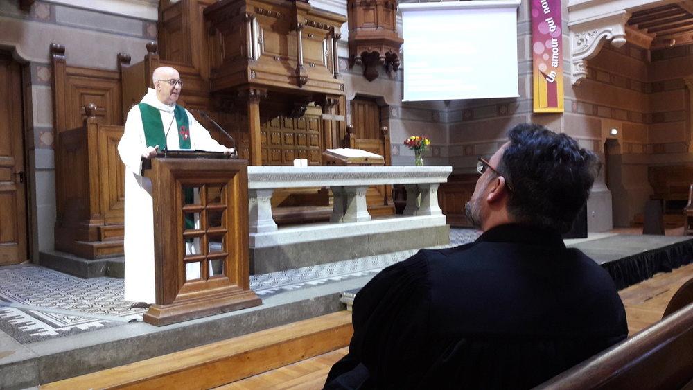 Prédication du père Eric de Kermadec au Grand Temple