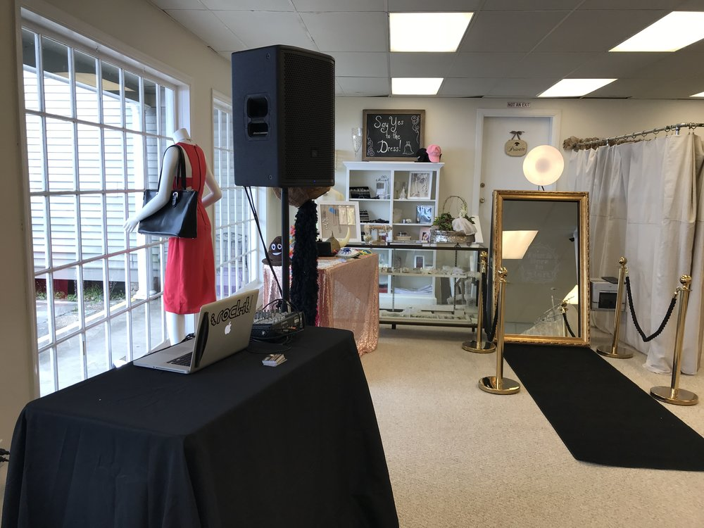 Lagniappe Boutique & Bridal Outlet, Covington