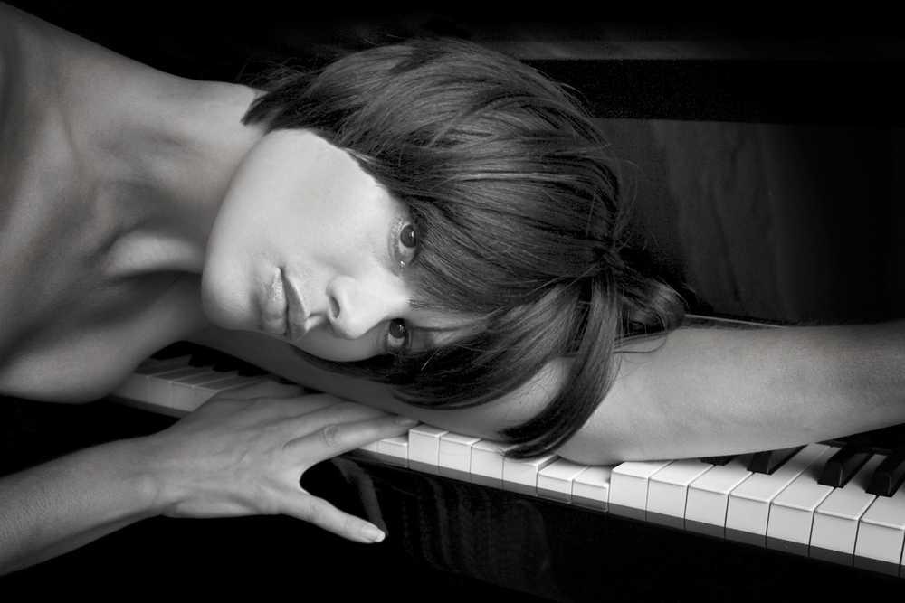093_NADEAH_piano.jpg
