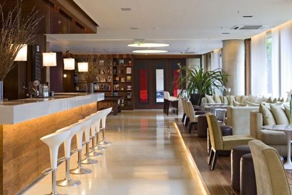 BA Hotel - Bar.jpg