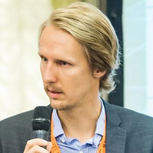 Mathias Mohrpahl 300sq (02).jpg