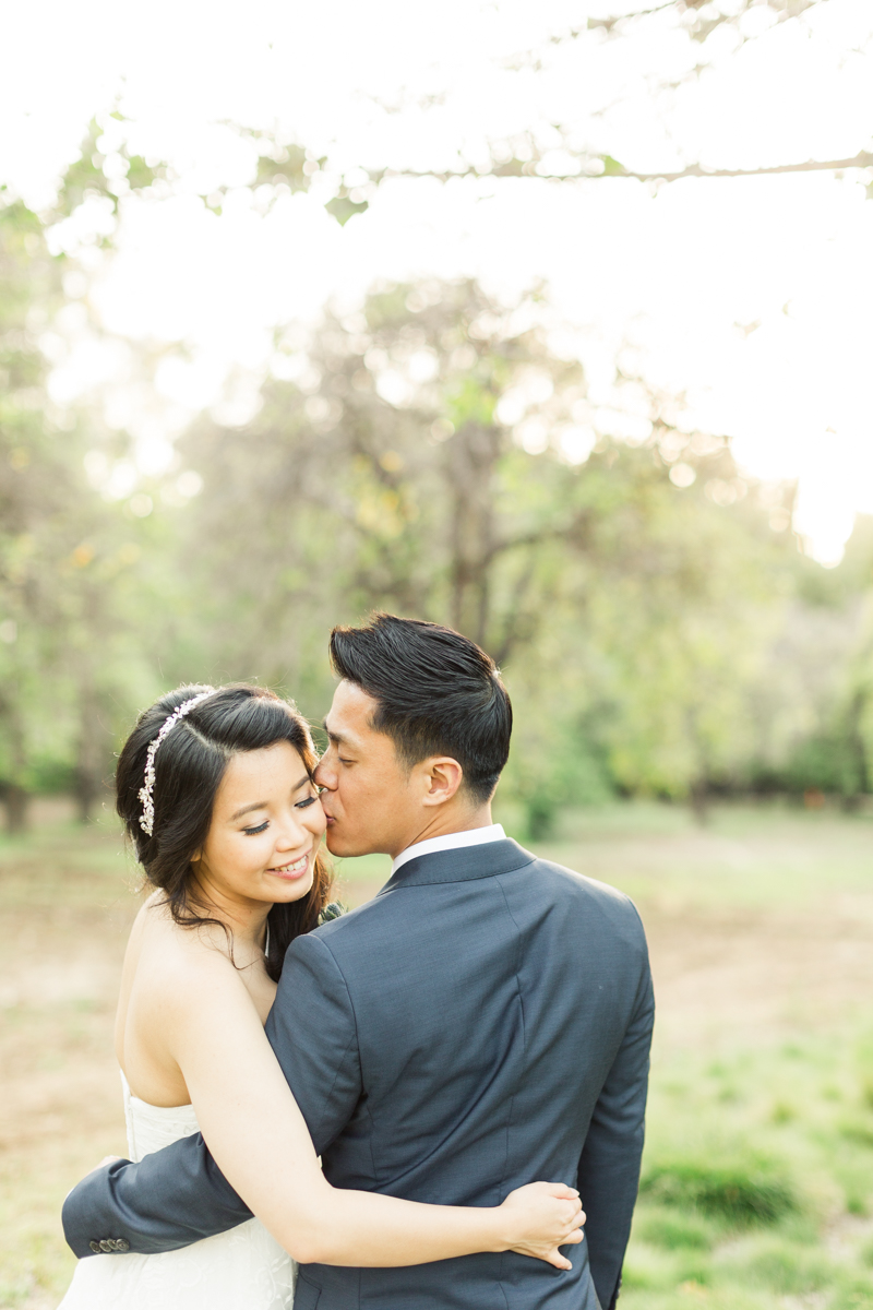Why it is vital to have access to your wedding venue more than a couple hours before your ceremony and what to do if your are stuck in this situation - A helpful post by Christa Norman Photography