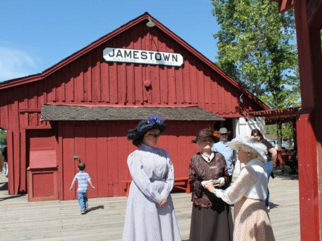 Jamestown-Railroad-2015-26.jpg