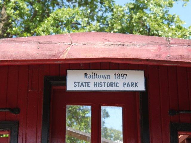 Jamestown-Railroad-2015-27.jpg