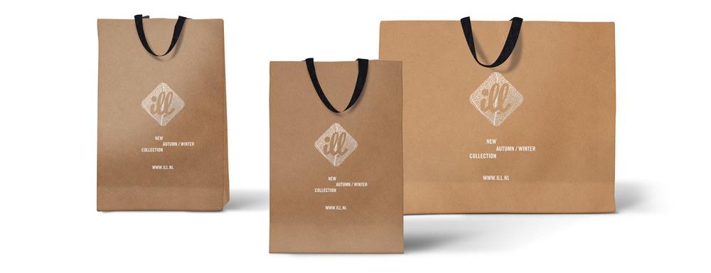 ill shopping bags mockup