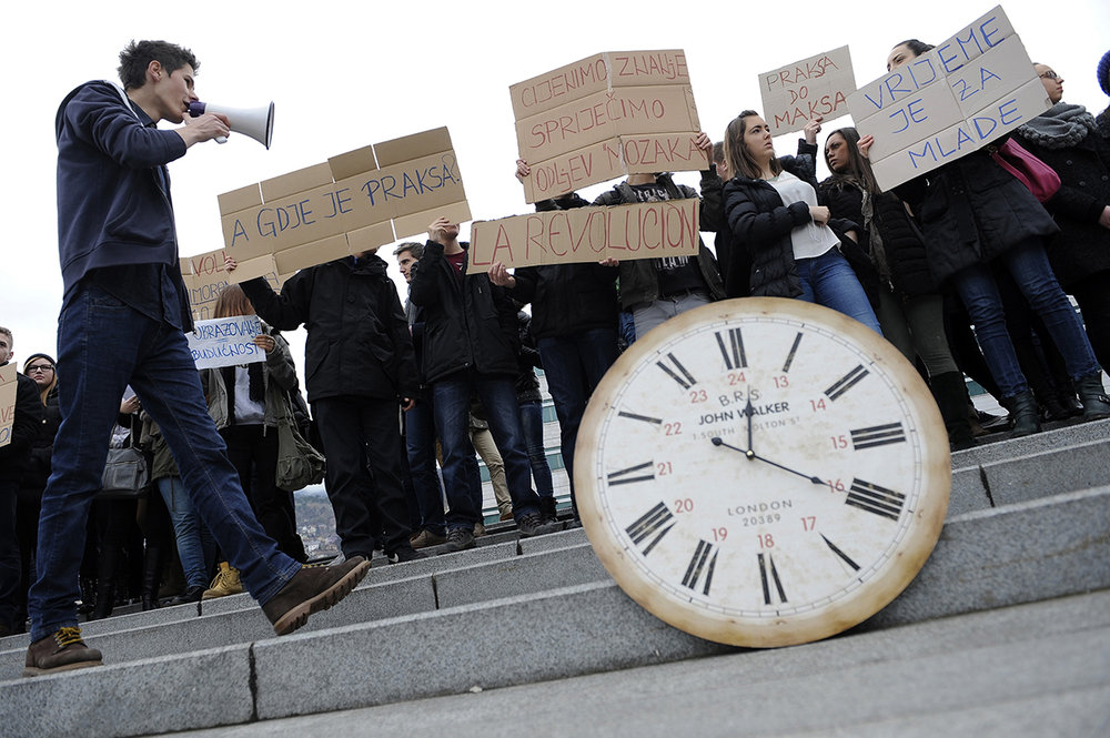 Bosnian youth protest in front of the Parliamentary Assembly of BiH, calling for solutions to stop the ''brain drain''. Around 150,000 young people have left BiH since the war ended in 1995, and 10,000 more continue to leave each year. Sarajevo, Bosnia and Herzegovina.