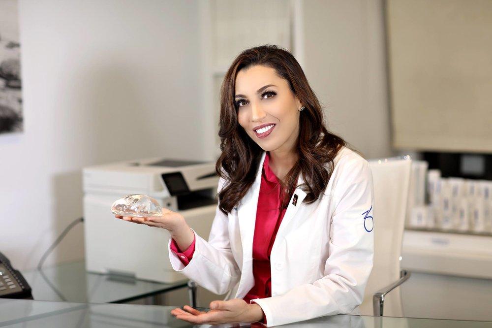 Dr Nadia Afridi