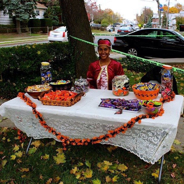 thecitruslife: #HappyHalloween #Halloween #livehappily Can I top my little candy table from last year? Perhaps, perhaps, perhaps. The adults will need some warm tea and coffee. They will love me for it :-)