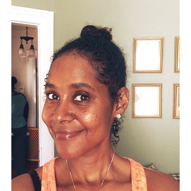 Coconut oil face cleansing. See how shiny my face is. #coconutoil #face #cleanse #oil #coconut #health #natural #beauty #LiveEatConnect