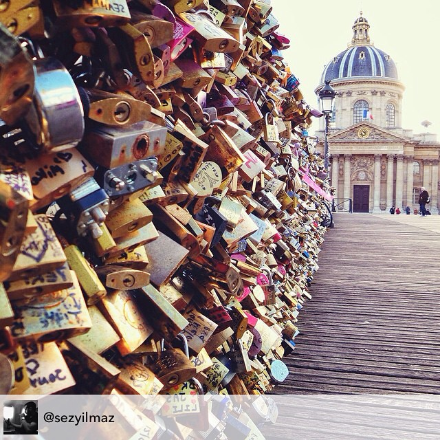 """Love love love the """"Love Lock"""" Bridge in Paris. Who is your heart locked with? Thanks for posting @sezyilmaz #livehappily #LoveUnconditionally #connectspiritually #thecitruslife"""