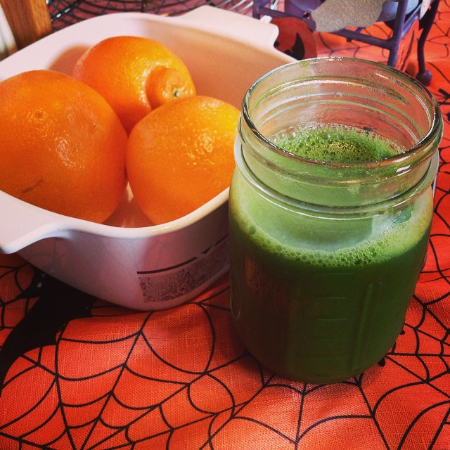I like to find a good balance between green flavors I incorporate for #TheBruceBanner #greenapples #greenchard #greenjuice #swisschard #galaapples #parsley #celery #cucumber #ginger #lemon #dandeliongreens #Kale #livehappily #thecitruslife #eatnaturally