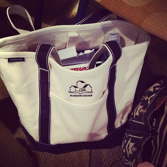 Love these #LandsEnd canvas bags at the #RHOpenHouse This will be awesome for my trip to #BlockIsland #livehappily #chic