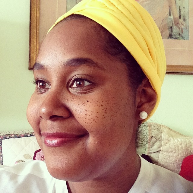 I'm obsessed with my bright Meyer lemon yellow turban and I'm all about pearls. #naturalbeauty #Citrusstyle #thecitruslife #turban #pearls