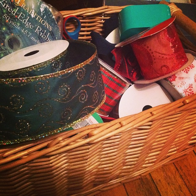Ribbons and bows. Oh my! #happyholidays